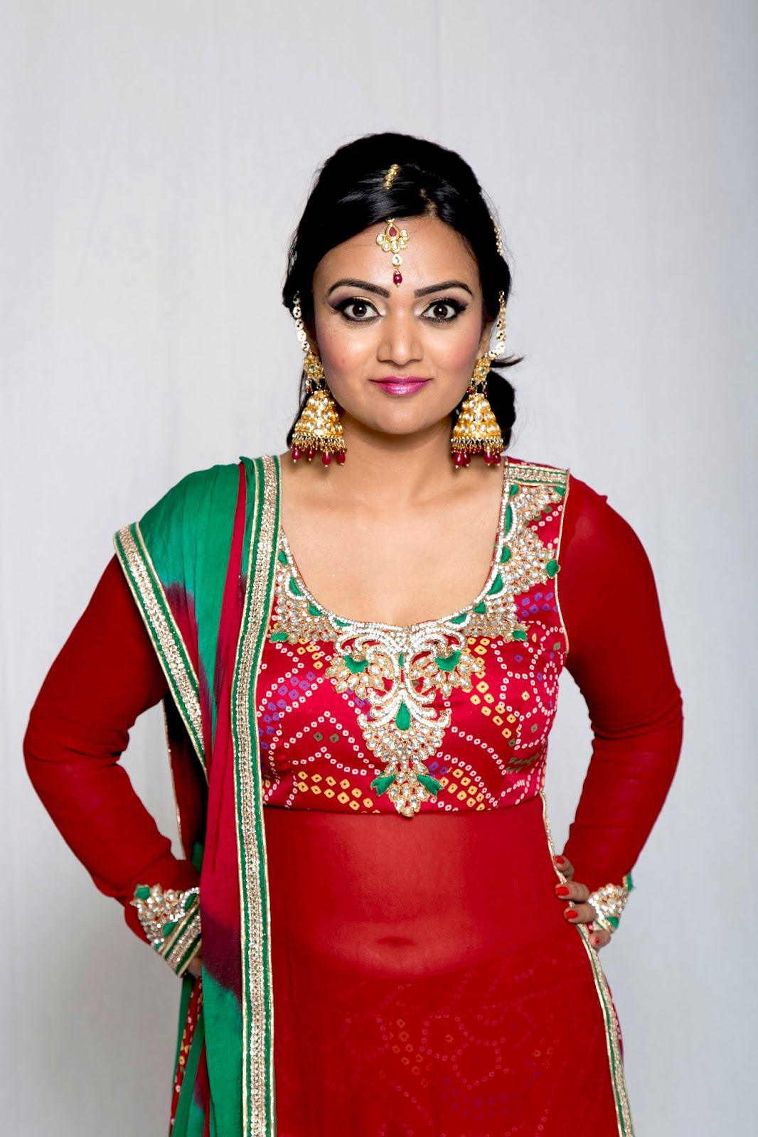Glameve Fashion review, new indian bride look, red bandhani salwar, indian ethnic outfits online, ethnic fashion blogger
