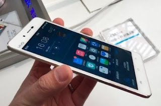 Vivo X5 Max merupakan salah satu smartphone android tertipis di dunia