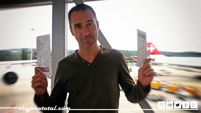 Aeropuerto - Airport - Zurich - Delhi - Boarding Card - Tarjeta de embarque
