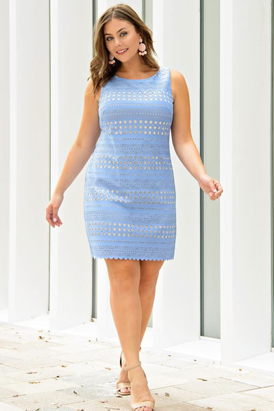 20+ Great Fall Outfits You should Already Own | Laser Cut Shift Dress