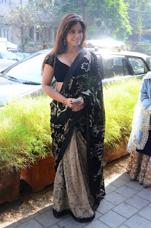 Neetu Chandra in Black Saree at Designer Sandhya Singh Store Launch Mumbai (8).jpg
