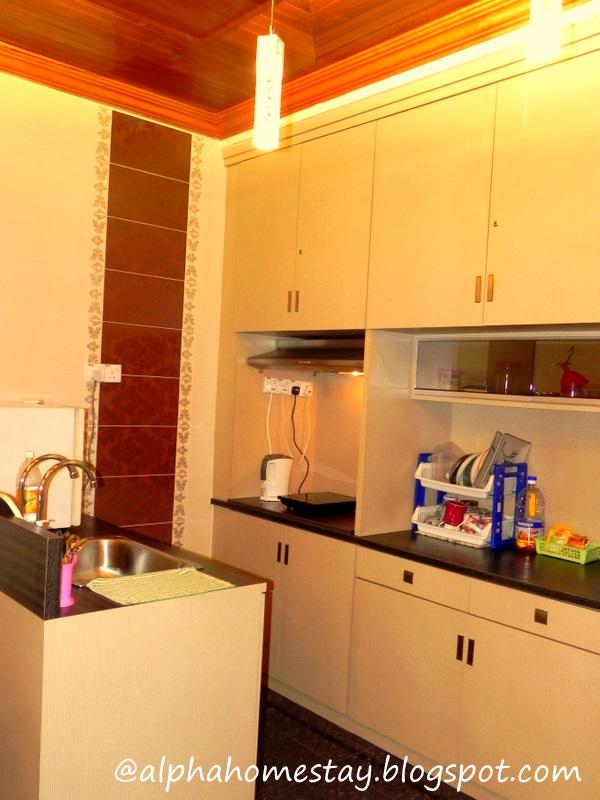 Alpha Homestay Melaka Ruang Dapur Studio MewahAda WiFi