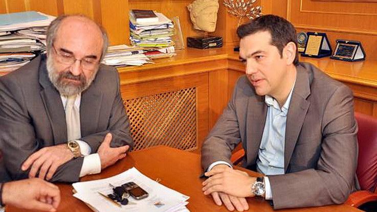 ΣΥΡΙΖΑ Έβρου κατά Λαμπάκη: Να μη νομίζει ότι μπορεί να ασκήσει πολιτική εθνικού ηγέτη, γιατί μόνο θυμηδία προκαλεί