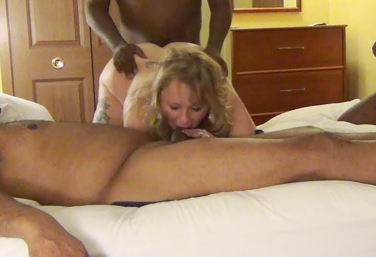 Amateur queen of spades and best milf 6
