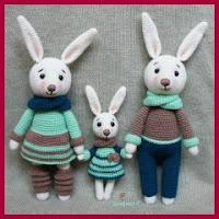 Familia de conejitos amigurumi
