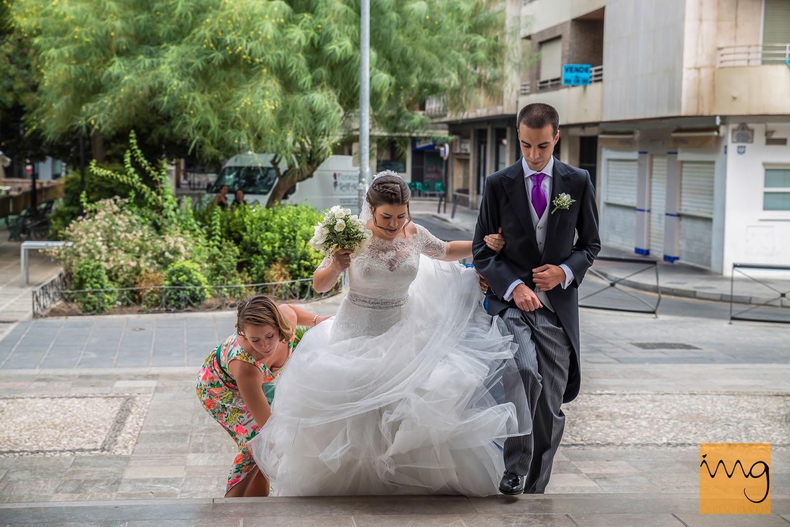 Fotografía de boda, entrando a la Iglesia