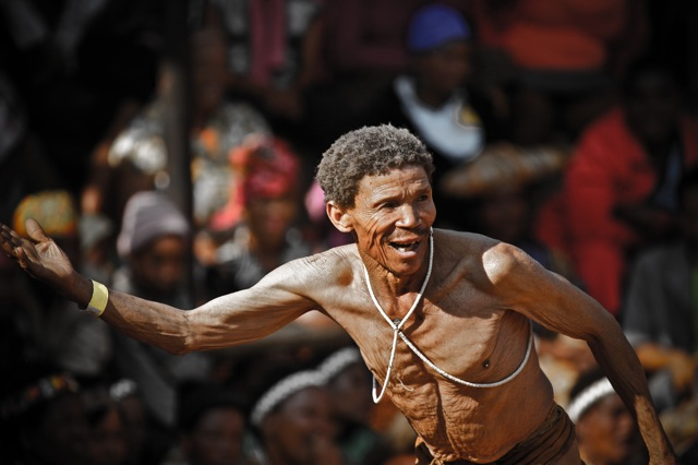 IMG 5930lies+aangepast+LR2012 San Bushmen People, The World Most Ancient Race People In Africa