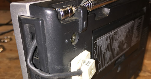 Intuitive Repair of a Sony Shortwave Portable