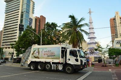Ford inicia testes com o maior caminhão de lixo do Brasil