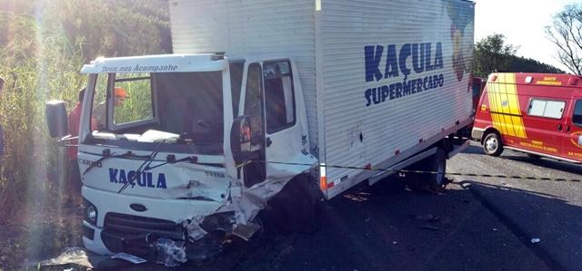 Caminhão de Pitanga se envolve em acidente com vítima fatal na PR-445