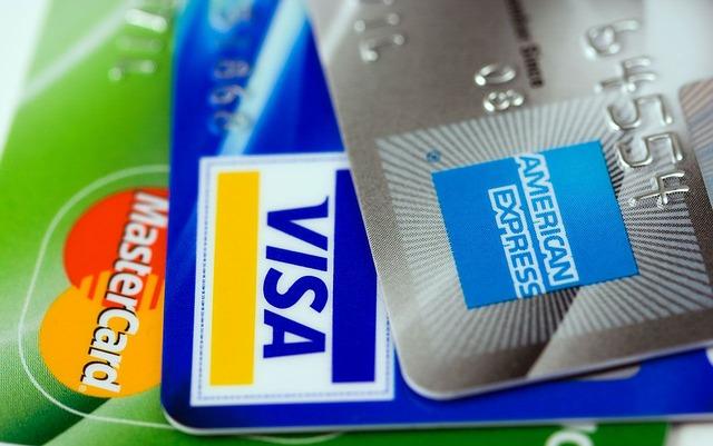 6 طرق للحصول على فيزا وماستر كارد دون حساب بنكى