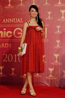 Baby Doll Dress Shireen Sungkar merah manis dan seksi