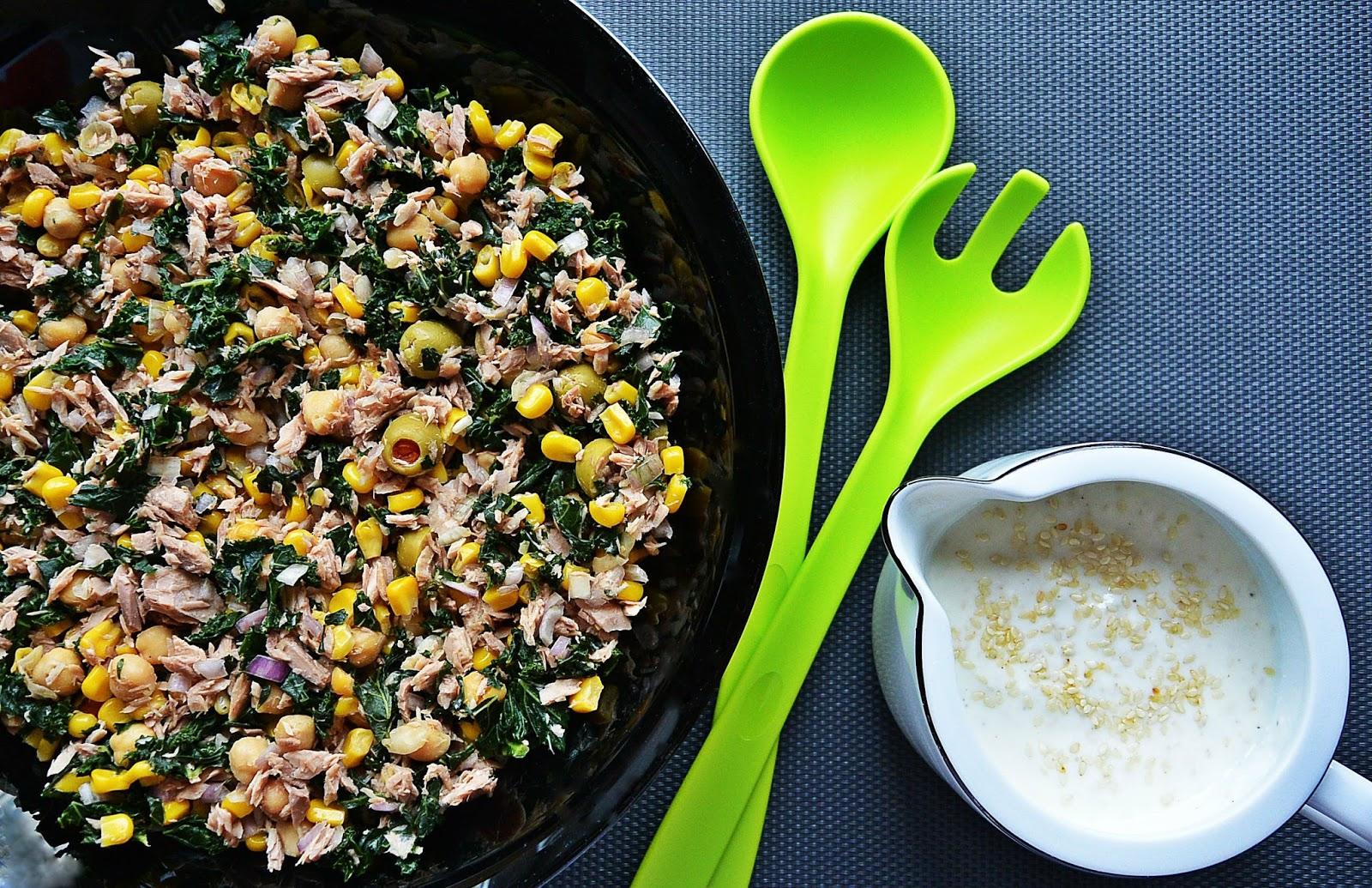 My Chcemy Jesc Salatka Z Tunczykiem I Jarmuzem Z Sosem Sezamowym