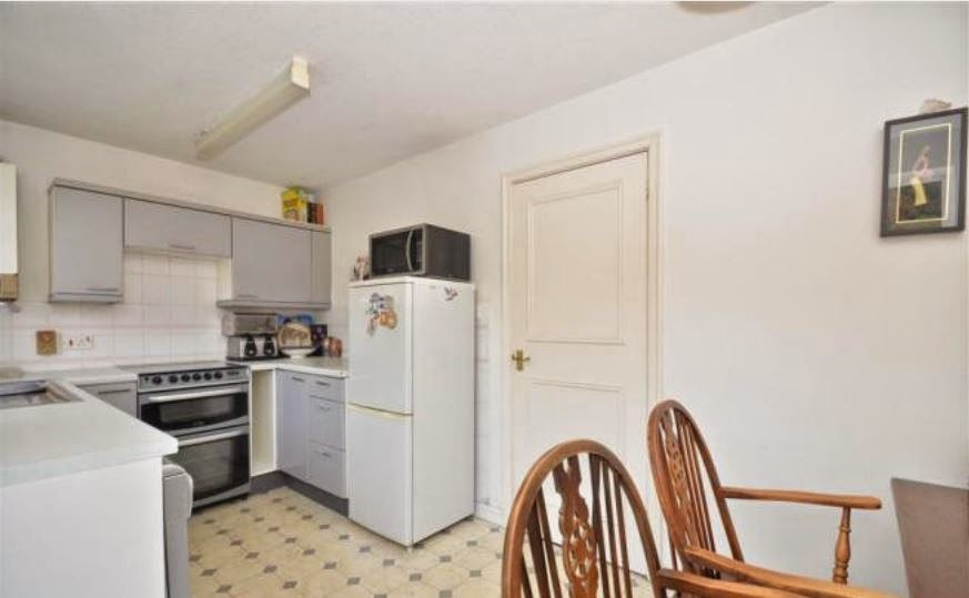 buy to let tangmere chichester kitchen