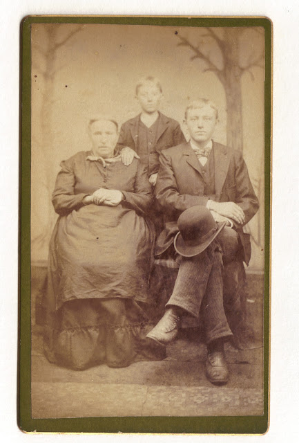 Caroline Mack Geiszler Billmann with her sons George and John Billmann.