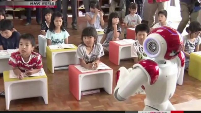 japanese robot teaching english