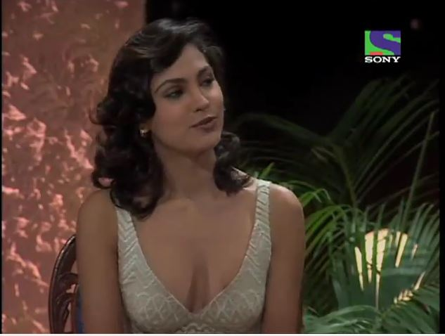 Nude indian actress nipple slip