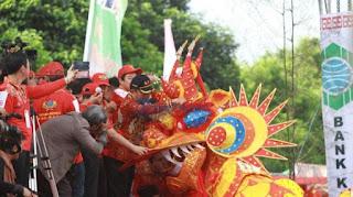 Ritual Naga Buka Mata Di Klenteng Kwan-tie-bio. Cap Go Meh 2016 Peluang Usaha dan Investasi kalimantan