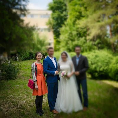 Color block in vestimentatia de nunta.