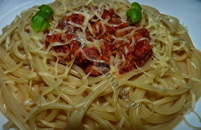 Makaron w sosie bolognese