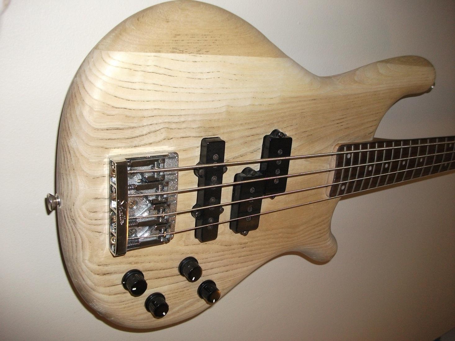 marcel van oort 39 s guitars and equipment 1986 kawai bass. Black Bedroom Furniture Sets. Home Design Ideas