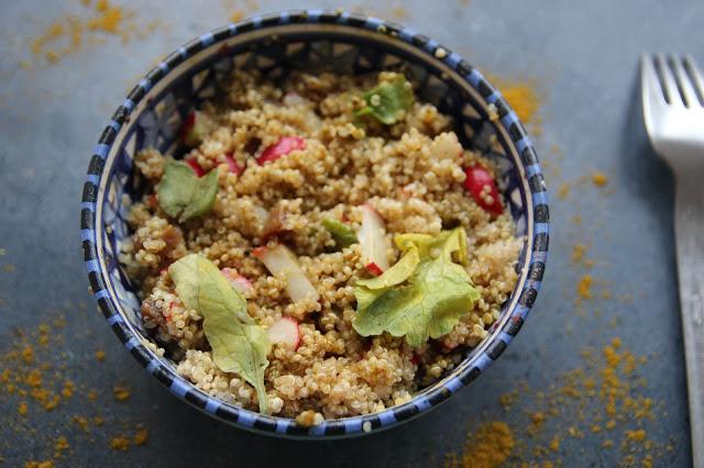 https://cuillereetsaladier.blogspot.com/2016/06/salade-croquante-de-quinoa-radis.html