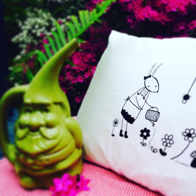 Zinnie's Garden PIllowcase   Little Owl Lane