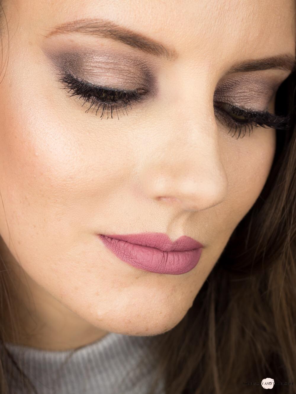 Lorac Pro 1 Palette Pewter Look AMU Makeup Beautyblog German Eyemakeup Eine Palette vier Looks