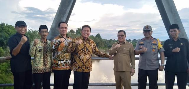 Herman Deru Resmikan Jembatan Muratara