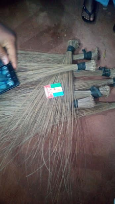 EDO APC YOUTHS SHOCKS OSHIOMOLE DEFECT TO PDP AFTER BURNING THEIR BROOMS - WHAT HAPPENED NEXT WILL SHOCK YOU (PHOTOS)