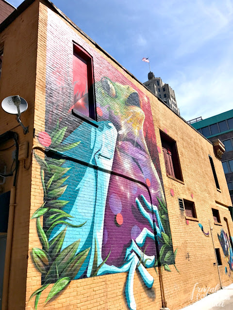 One of the most Instagram-worthy wall murals in Fort Wayne, Indiana is one the side of the 816 Pint & Slice building.
