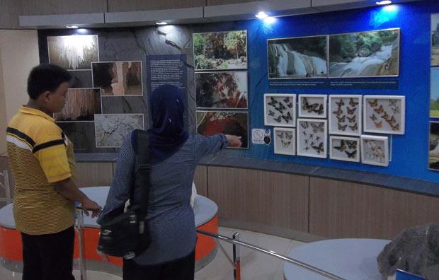 Menyaksikan Keanekaragaman Kars di Indonesia