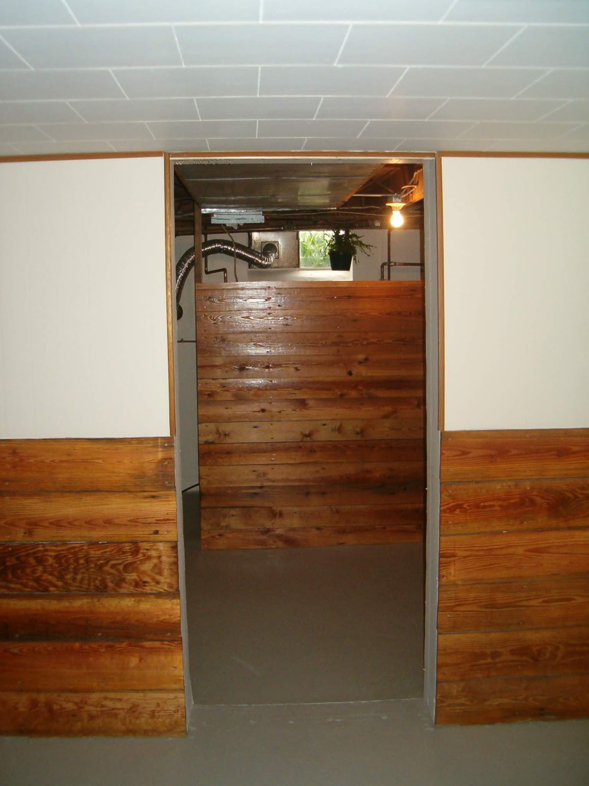Half Wall Wood Paneling: Redo Redux: Revisiting Past Projects: And Sew Forth: My