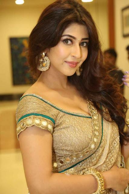 Sonarika Bhadoia latest pics