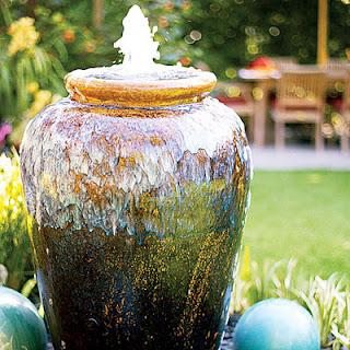 Đài phun nước mini trong vườn 1