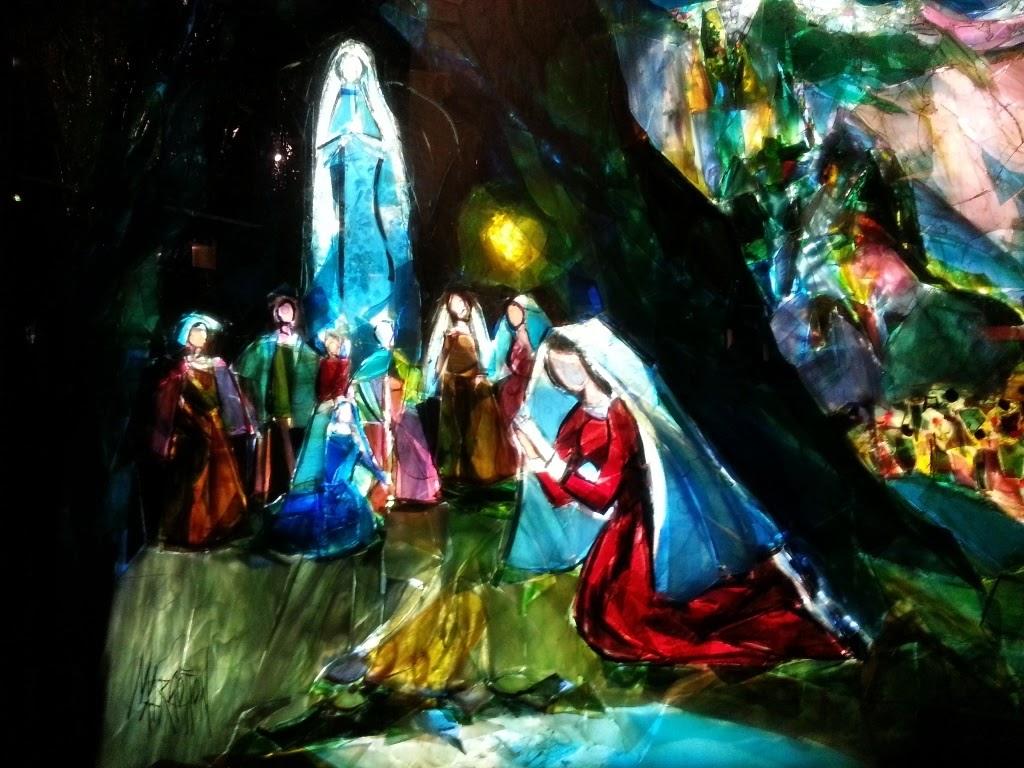 Apparition à Bernadette, basilique souterraine, Lourdes /©Défrade
