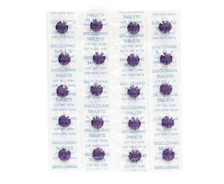 Disclosing Tablets Set of 40 Two Tone Plaqsearch Chews shows Plaque on Teeth £4.48