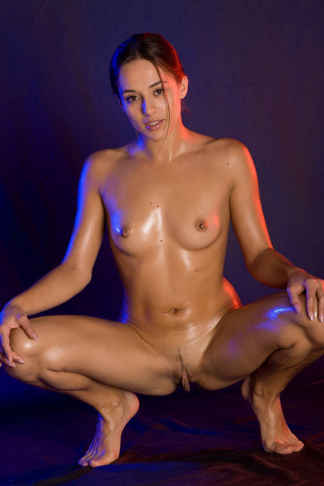 Oiled Nude Women