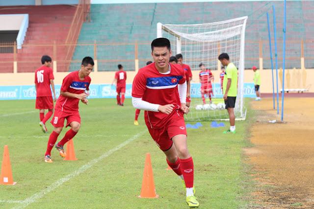 U.19 Việt Nam tập huấn tại Anh