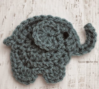 http://translate.google.es/translate?hl=es&sl=en&tl=es&u=http%3A%2F%2Fwww.repeatcrafterme.com%2F2014%2F10%2Fe-is-for-elephant-crochet-elephant.html
