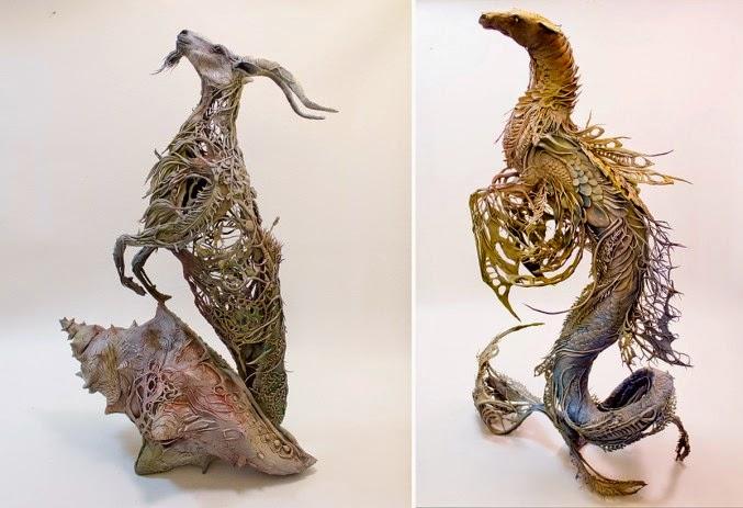 Fantástica escultura surrealista de animales y plantes
