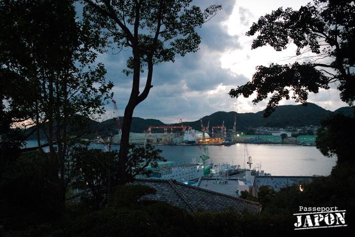 Vue sur le port au crépuscule, Glover Garden, Nagasaki
