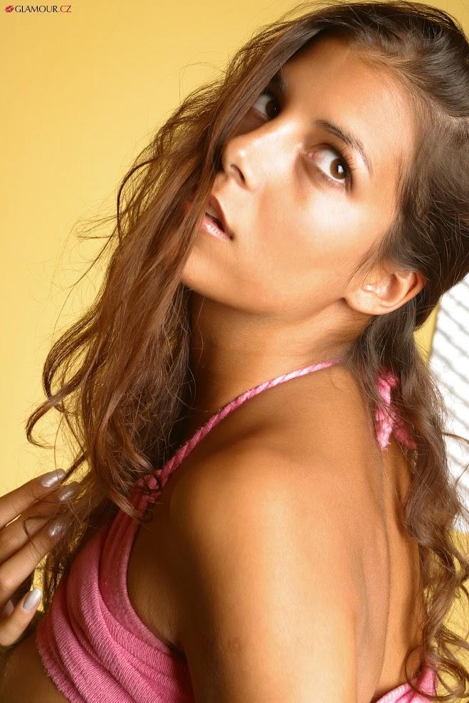 [Glamour.CZ] Katka 5 - Tanned Girl, Part 3 1589868849_glamour-cz-katka0508
