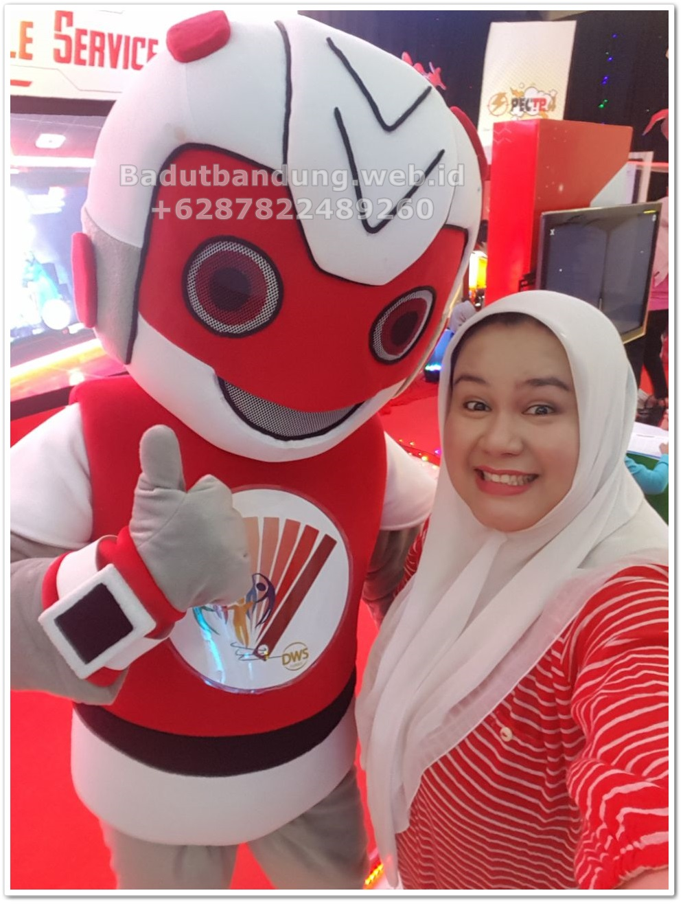 foto-event-kostum-badut-robot-maskot-bersama-client4