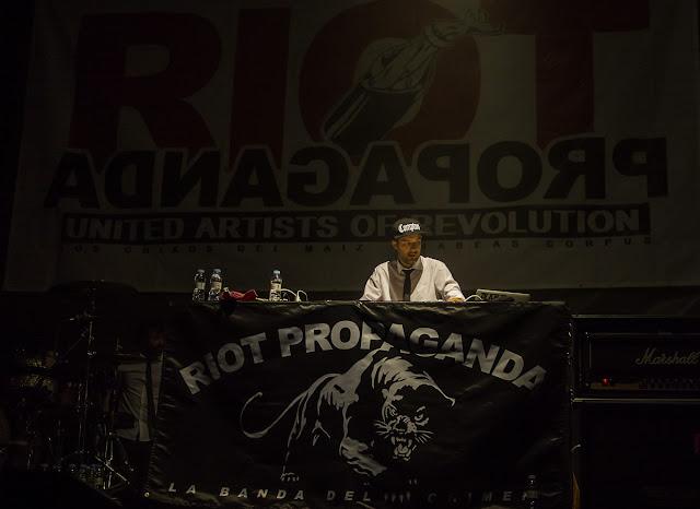 Riot Propaganda (los chicos del maiz + Habeas Corpus)