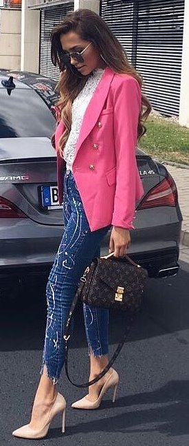 fashionable outfit / pink blazer + white lace blouse + skinnies + bag + heels