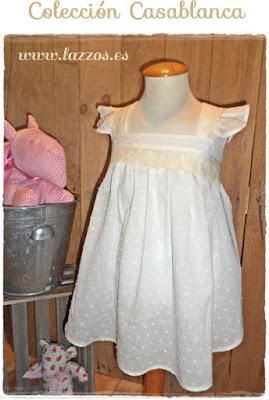 http://www.lazzos.es/lazzos/eshop/0/0/5/677-Vestido-mandil-y-pantalon-plumeti-blanco