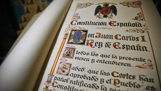 Norma primaria y Constitucion