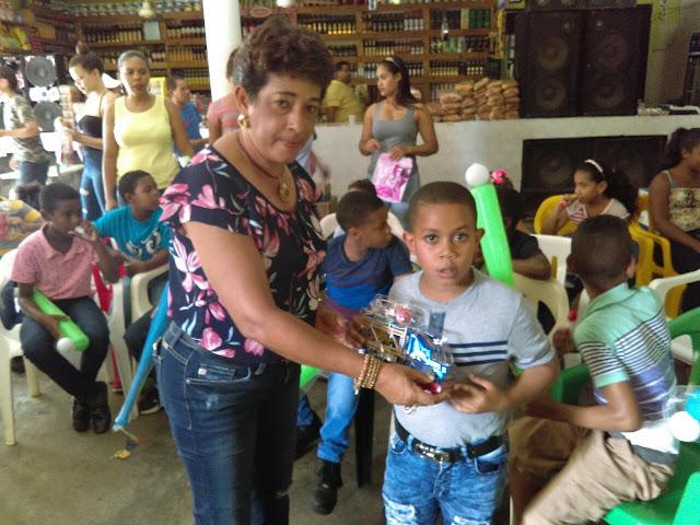 AYUNTAMIENTO DE CASTILLO CELEBRA  DÍA DE LOS SANTOS REYES