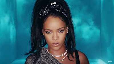 Calvin Harris - This Is What You Came For ( Official Music Video ) ft. Rihanna
